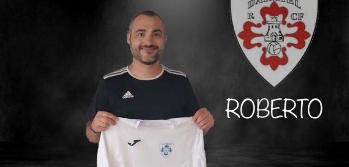 """ROBERTO VELAZQUEZ, """"ROBER"""", ENTRENADOR COMPROMETIDO CON EL DAIMIEL RCF"""